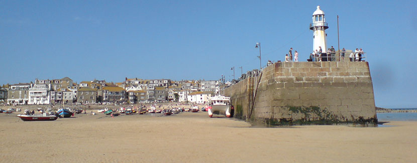 St Ives Harbour Cornwall - Holiday Accommodation and Holiday Cottages in St Ives, Cornwall UK